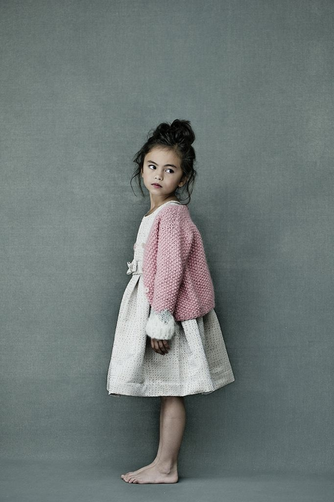 EDITORIAL - HARTEN  Adorable! And would get so dirty when wore by my daughter...:)