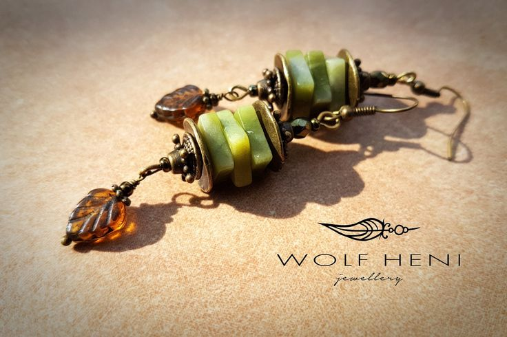 handmade earring green jade stones with Czech leaf beads. Realy autumn colors, and far-Eastern form in this earring by WOLF HENI jewellery