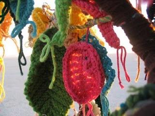 awesome yarnbombing!