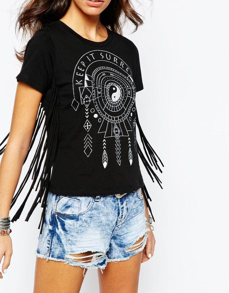 Imagen 3 de Camiseta con estampado de atrapasueños y detalle de flecos de New Look