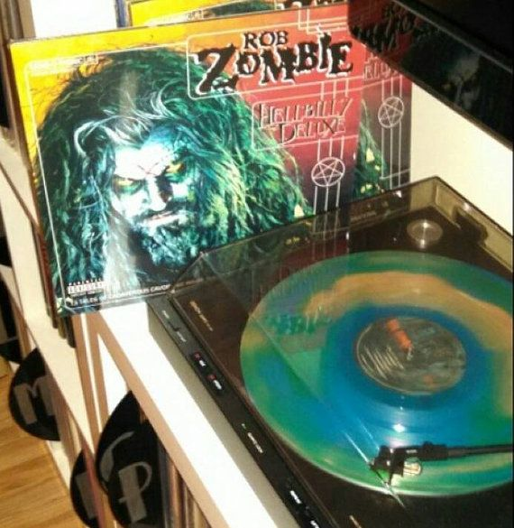 Check out this item in my Etsy shop https://www.etsy.com/listing/213678814/rob-zombie-hellbilly-deluxe-vinyl-lp-etr