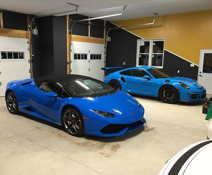 My friend @schuyleur's PTS Mexico Blue 991 GT3 RS in Ottawa Canada accompanying his brand new Huracan Spyder in Blu Le Mans an Ad Personam color. Two very special cars indeed. : @schuyleur   Follow @ptsrs and join the #PTSRS movement for the latest on the newest #painttosample Porsche 991 GT3 RS's and soon 911 R's. by ptsrs