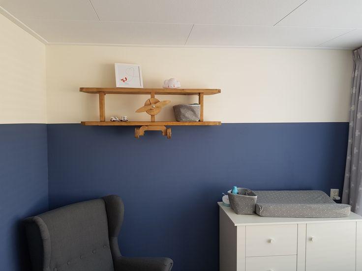 25 beste idee n over vliegtuig kamer op pinterest vliegtuig jongens kamers vintage vliegtuig - Kamer blauwe jongen grijs ...