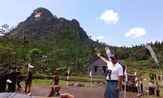 Wisata Gunung Mendelem Pemalang Jawa Tengah