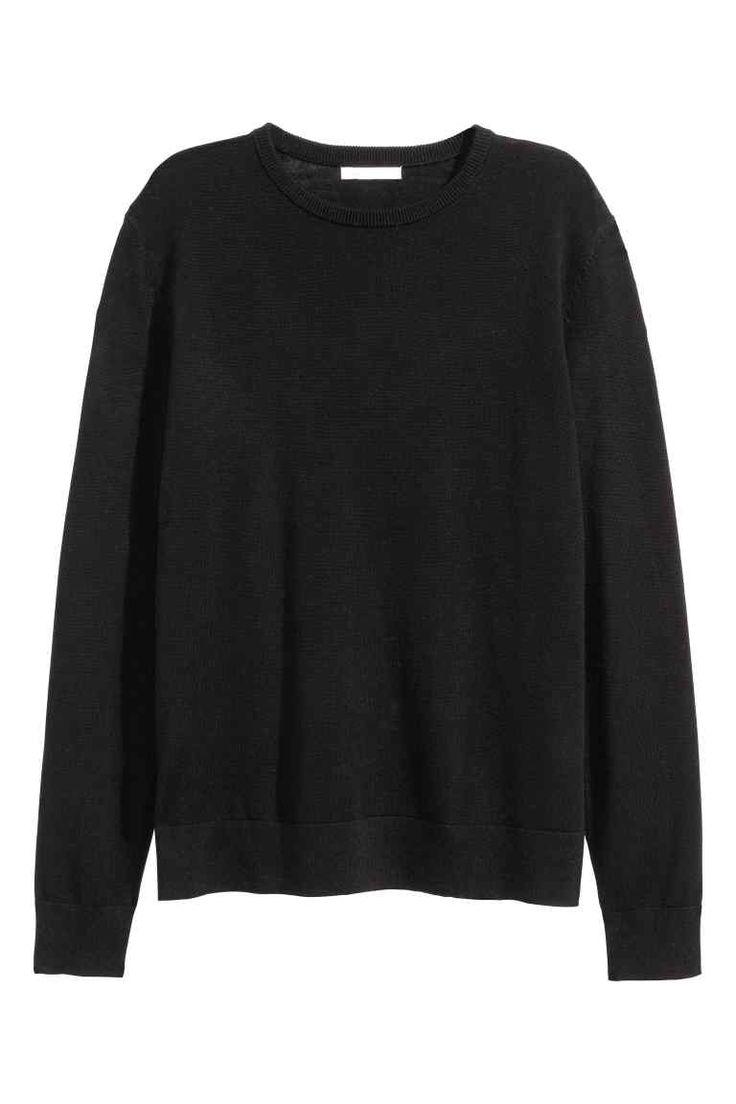 Pull en laine mérinos: QUALITÉ PREMIUM. Pull en maille fine de laine mérinos. Modèle à manches longues.