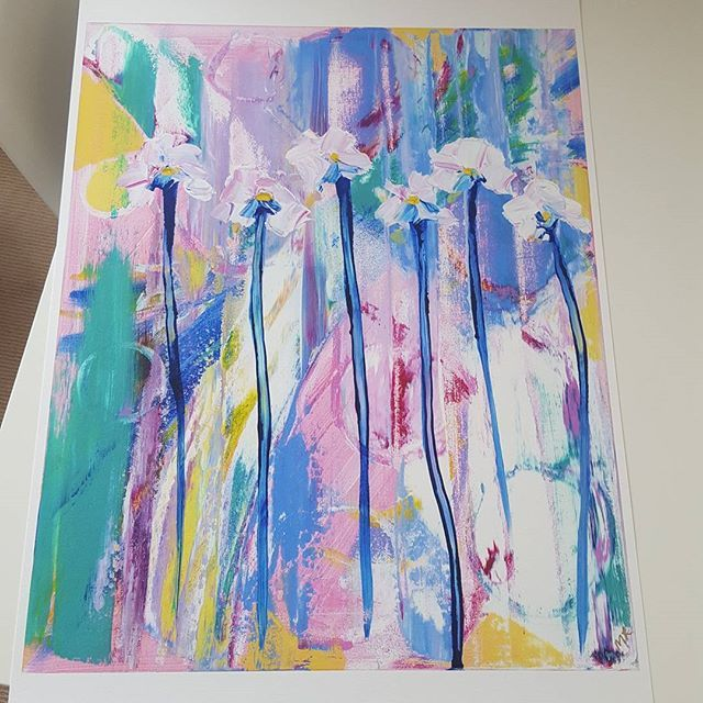 Then there is this beauty of Blooming printed on A2 size archival Hahnemühle Photo Rag 🏵 So impressed with the result. Thank you #imagescience for your attention to detail and professionalism 🌸 This print won't be available until after Blooming original has been auctioned in a few weeks 🌼  #acrylic #australianart #paintlayers #textures #contemporaryart #painting #abstract #vibrant #colours #abstraction #artwork #canvas #paletteknife #paint #forms #australianartist #abstractart #decor…