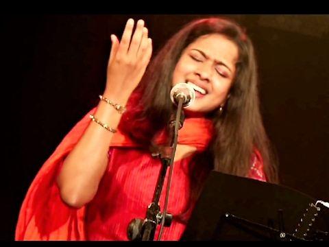 Nambi Vanthaen - Beryl Natasha [Tamil Christian Song]