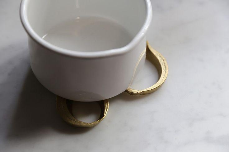"""$ 125.00 Твердая латунь лук подставка.   Сделано в Японии.Латунь.3 шт. Поставляется в красивой белой коробке.  2 """", 2,5"""" и 3 """" дюймов длиной"""