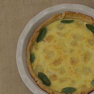 Pear Brie Prosciutto Quiche | Rainier Fruit Company