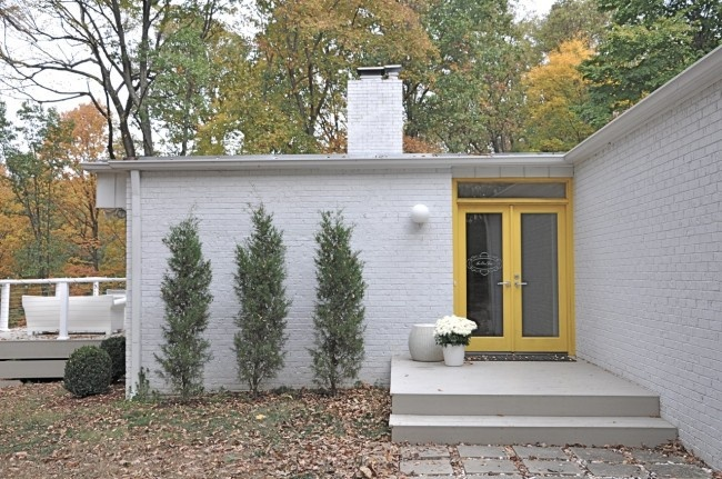 1000 Images About Painted Brick Houses On Pinterest