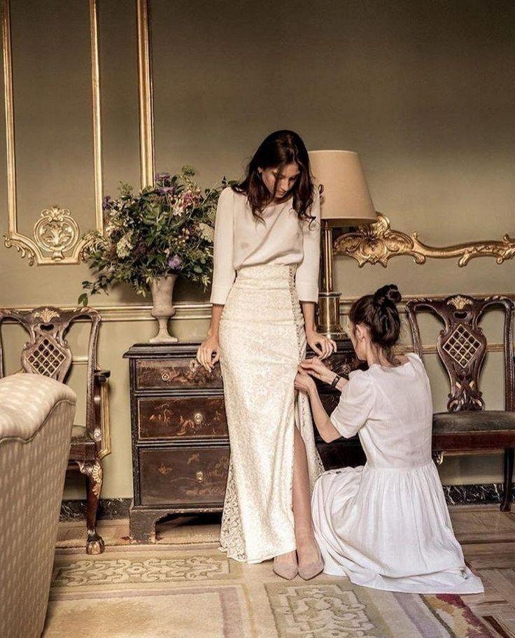 34 Awesome Simple Wedding Dresses For Cute Brides » aesthetecurator.com