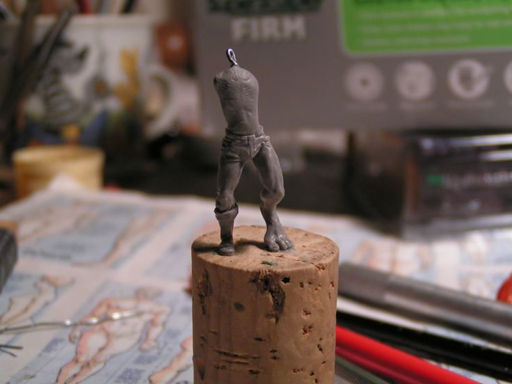 posted by Mati, Badsmile, orang utan     How to sculpt a 32 mm miniature out of super sculpey firm. A step-by-step brought to you from the f...