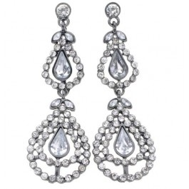 Gorgeous double drop diamante vintage style earrings for a classic look.