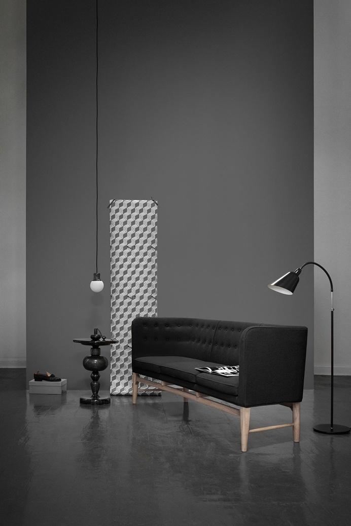 & TRADITION - Mayor Sofa design by Arne Jacobsen
