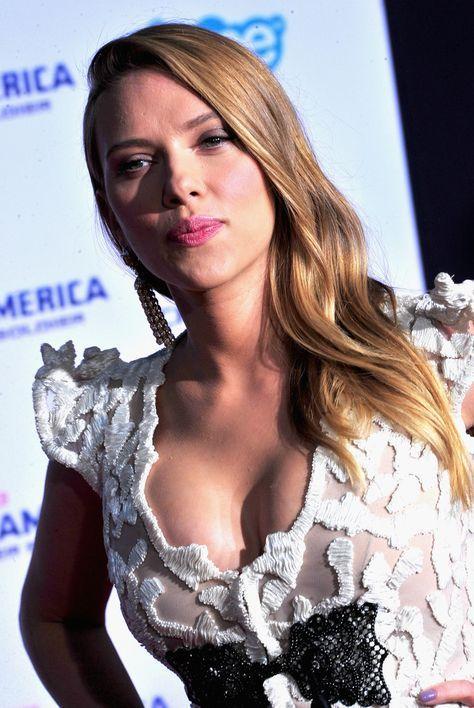 Scarlett Johansson Photographs Photographs: 'Captain America: The Winter Soldier' Premiere — Half 4