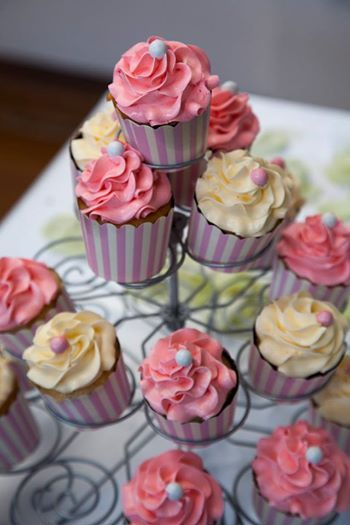 Pink and white themed cupcakes