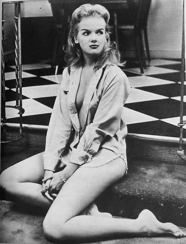 Diana Millay  Dark Shadows Shirtless In 2019  Pinterest -2371