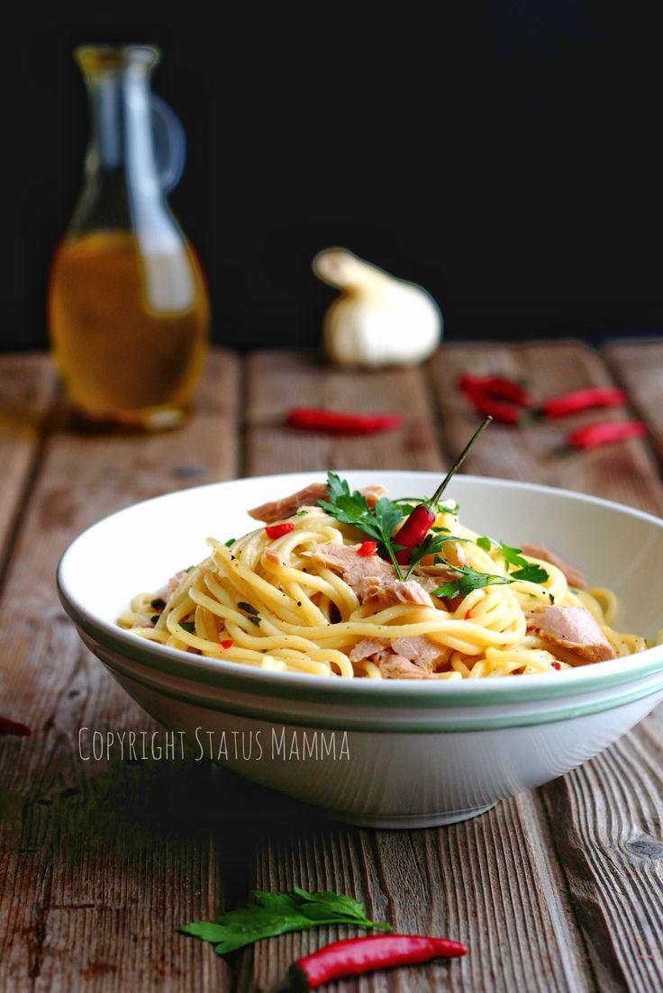 Spaghetti aglio, olio e peperoncino al tonno.