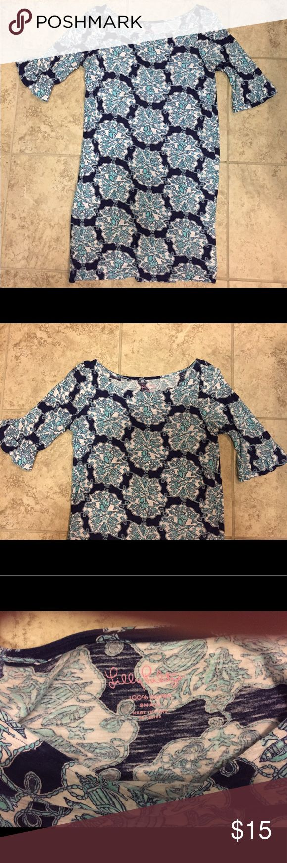 Lilly Pulitzer Navy Blue and White Dress Great casual Lilly dress! Great for day or for the beach. Size small. Great condition! Lilly Pulitzer Dresses Mini