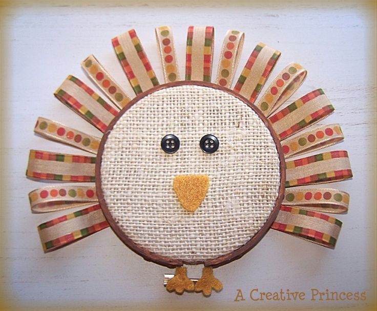 Embroidery hoop turkey - there are definitely not enough Thanksgiving projects out there!: Thanksgiving Crafts, Turkey Crafts, Crafts Ideas, Fall Crafts, Thanksgiving Decor, Cute Ideas, Fall Thanksgiving, Embroidery Hoops, Diy Projects