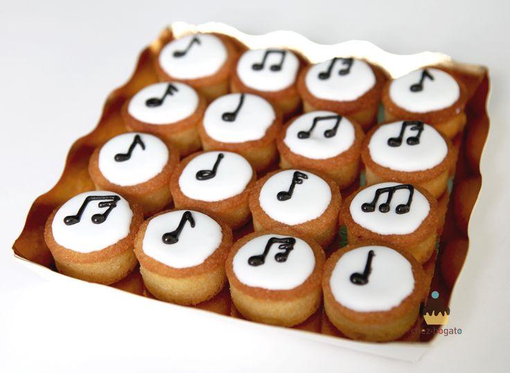 Mini gâteaux cupcakes pour fans de musique