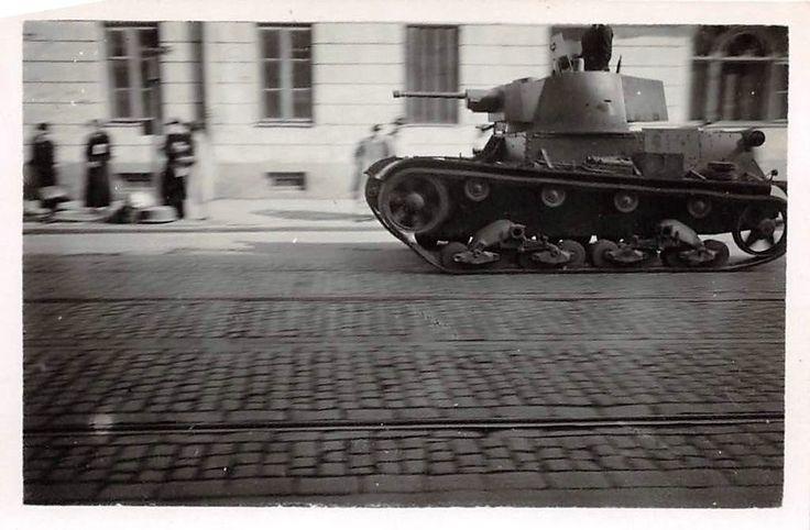 Poln. Panzer 7 TP bei deutschen Parade in Warschau Polen | eBay