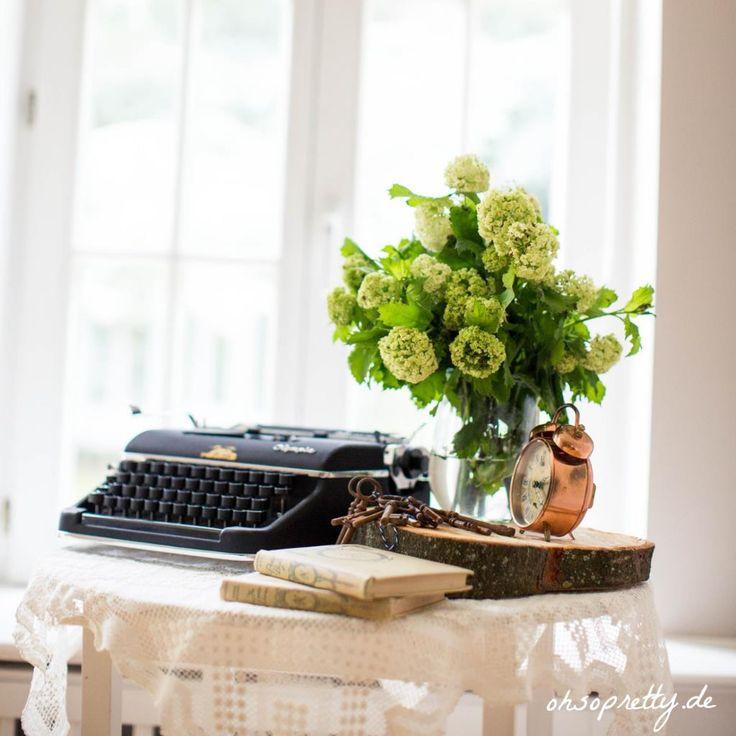 Alte Vintage Schreibmaschine für die Hochzeitsdeko | OH SO PRETTY | Online schöne Hochzeitsdeko & Brautaccessoires kaufen