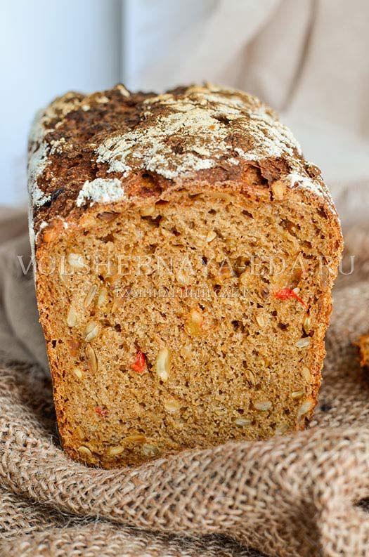 Ржаной хлеб с семечками и сладким перцем