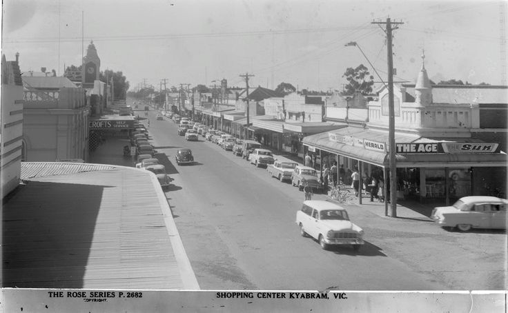 Allan Street, Kyabram looking east from Knight's Big Store (now Target Country)