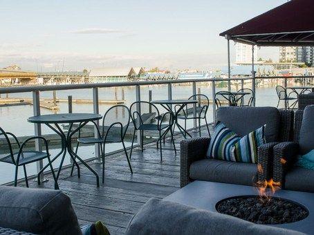 Waterfront Patio Restaurants in Richmond, BC | Pacific Gateway Hotel YVR