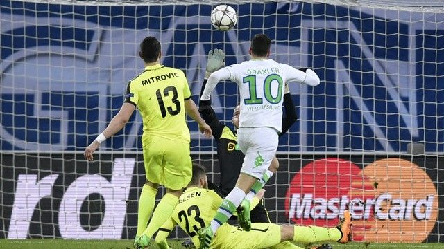Draxler Gent Wolfsburg (créditos: AFP)