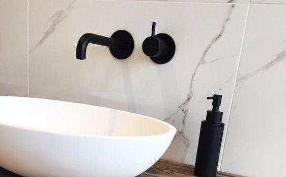 Hotbath: Een absolute trend: mat zwarte kranen van Hotbath. Geef je badkamer een strakke designlook met deze prachtige kranen!