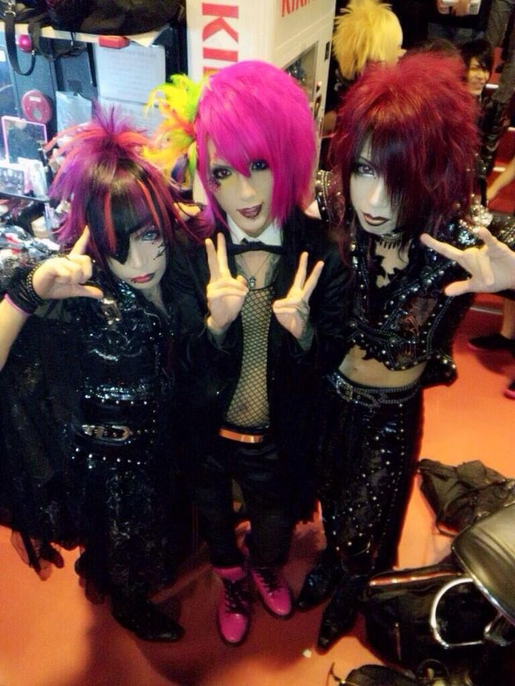 MIZALY from Lin -end of corruption world-, Rena from The Black Swan, and Kisaki from Lin -end of corruption world-
