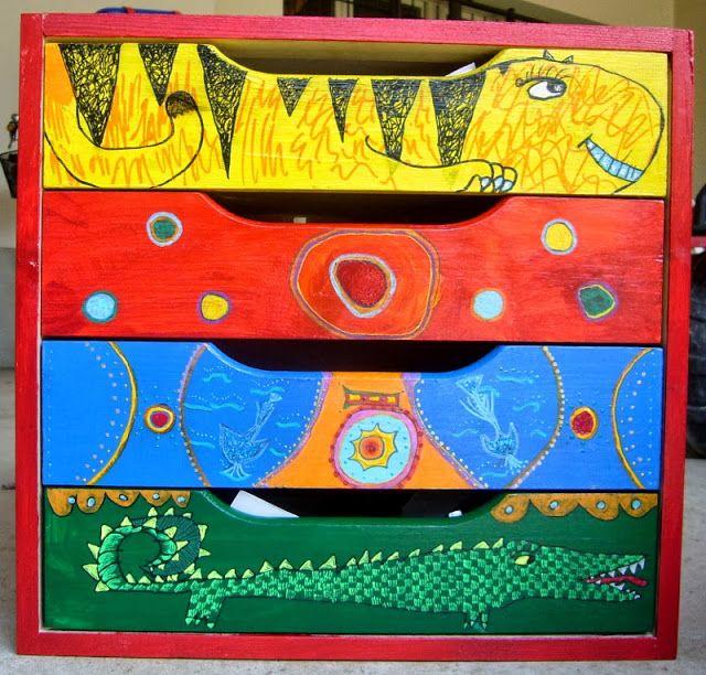 Voglio Una Mela Blu: Dipingere una mini cassettiera di legno grezzo con gli acrilici - tutorial 2