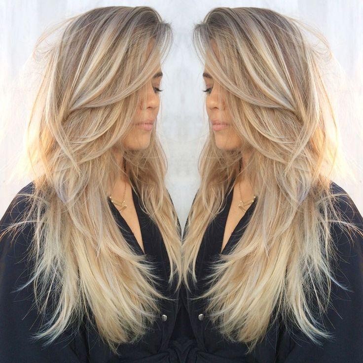 Gente queria muito pintar meu cabelo de loiro de novo mas agr queria ficar mtmt loiraa oq vcs acham???