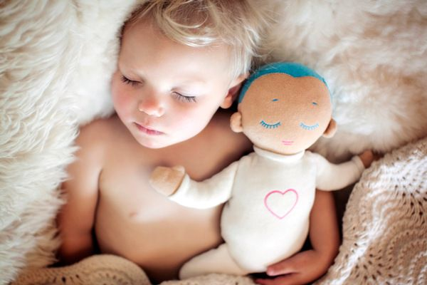 Better sleep for babies with the comforting Lulla Doll