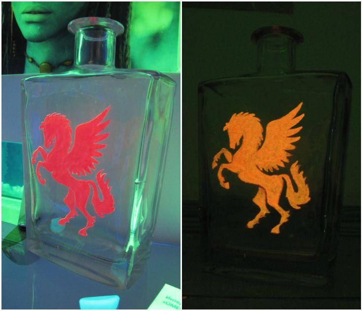 Светящийся рисунок на бутылке. Светящаяся краска для стекла и керамики Acmelight Glass Classic **** A glowing pattern on the bottle. Luminous paint for glass and ceramics Acmelight Glass Classic #glow #pattern #bottle #luminous #glass