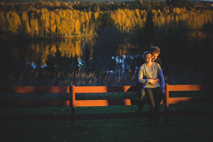 A Love Session from Norway by Angelworx Photography - Angelie Hafzullah. See more here: http://norwegianweddingblog.blogspot.no/2013/11/forlovelses-session-pa-nes-i-akershus.html