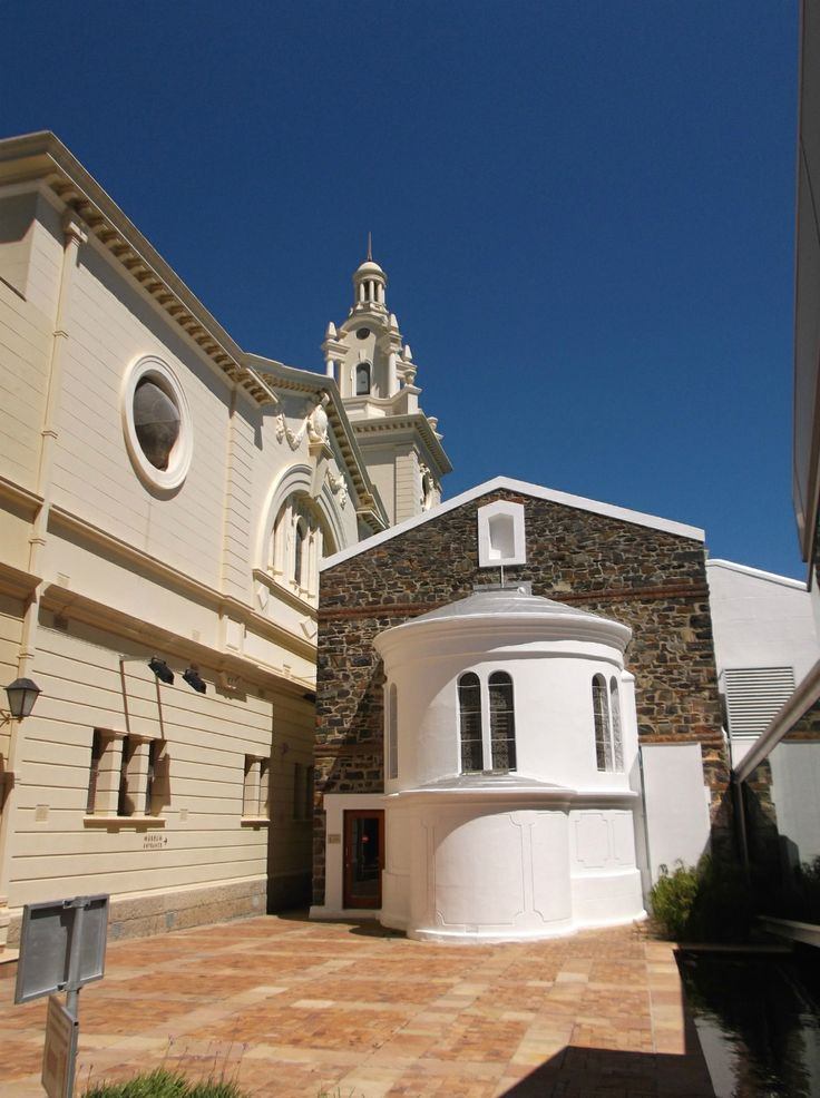 First synagogue in Cape Town, built in 1862.