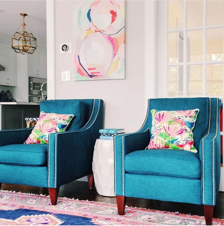 Blog with so many good color combos!