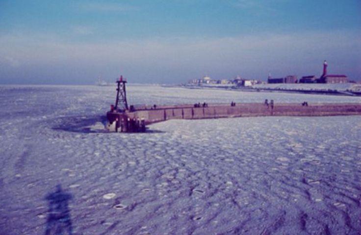 Scheveningen tijdens de winter van 1963