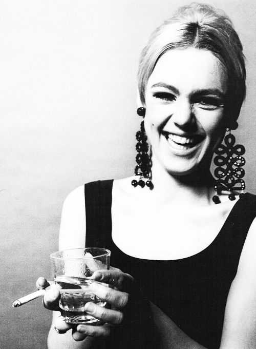 Edie Sedgwick photographed by Jerry Schatzberg, 1966.