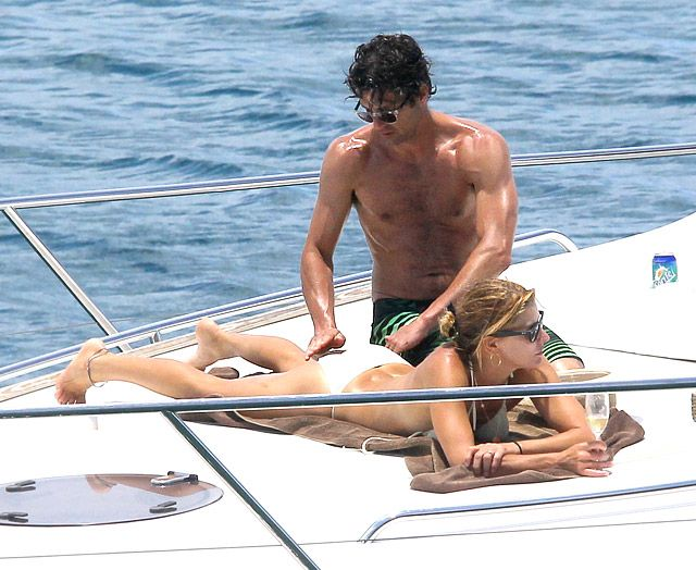 Patrick Dempsey with his wife -- we gotta admit, we're a little jealous!