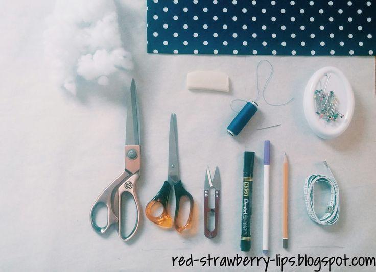 """DIY: Jak uszyć literkę """"A""""   Red Strawberry Lips"""