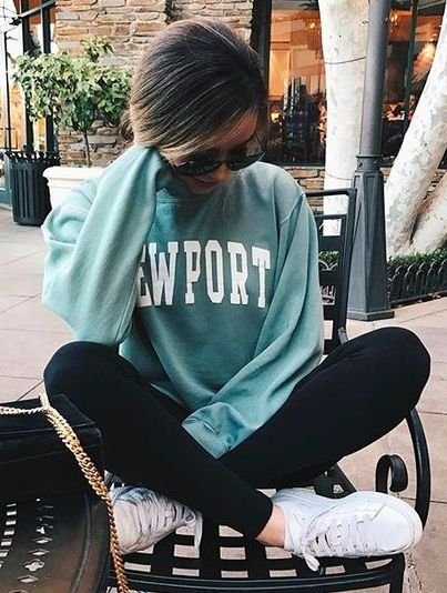 vintage sweatshirt + leggings