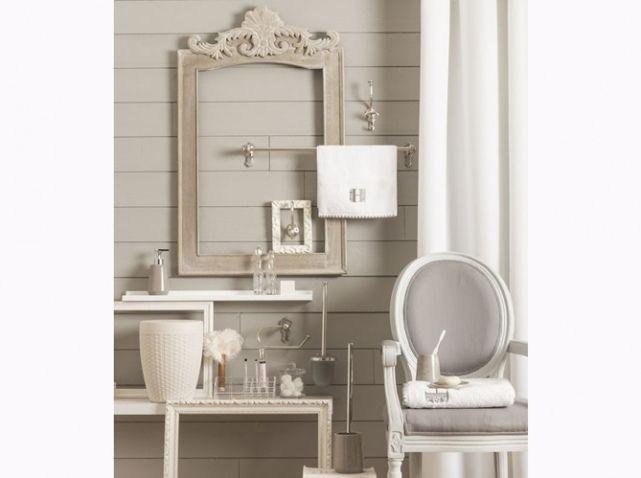 Salle de bains romantique beige