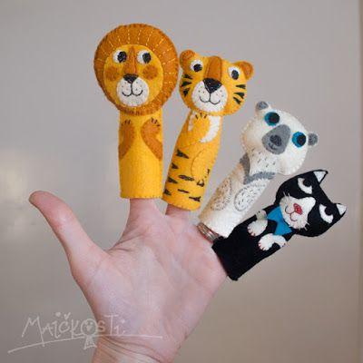 prstoví maňásci z plsti / finger puppets made of felt