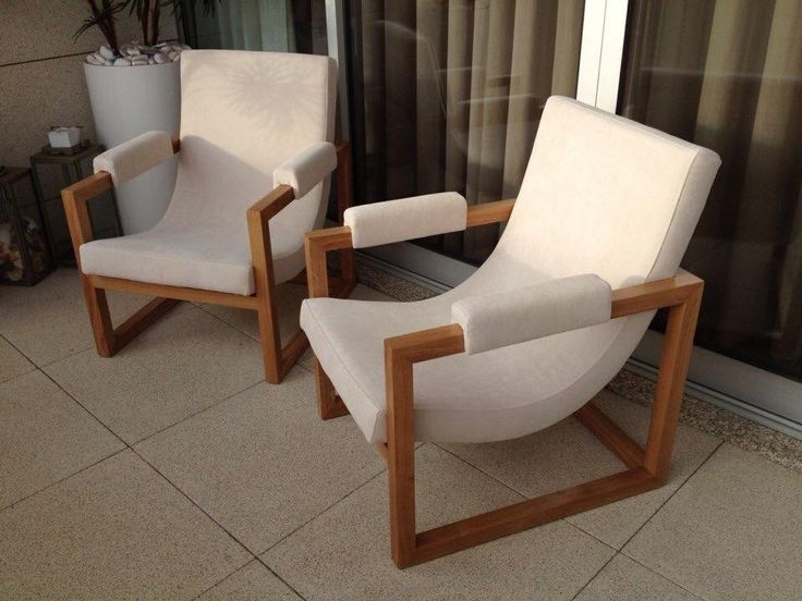 Armchair in solid oak upholstered with prado ref. PRA W013 from Dickson Contract, by Mi Loureiro