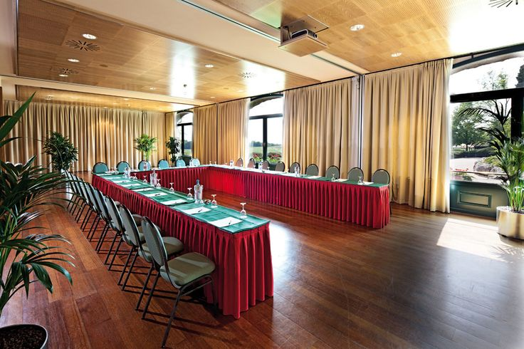 Are you looking for #meeting  and #conferenxe room in #Italy?Palazzo Arzaga Golf & Spa Resort - #lake #Garda