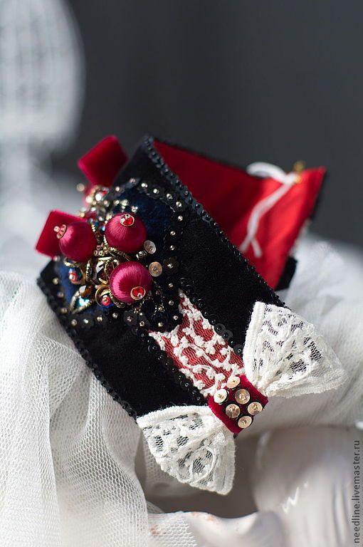 """Купить браслет """"Романтическая история...."""" - черный, вышитый браслет, авторский браслет, ручная работа"""
